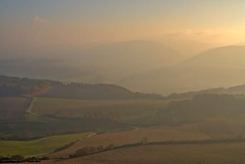 badblankenburg deutschland landschaft rudolstadt nebel fog sunset thüringen thuringia darktable