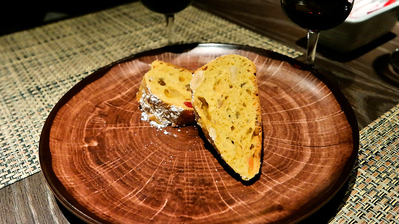 SOMOS Restaurant & Lounge