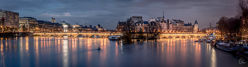 europe france iledelacité laseine paris pontneuf boat bridge capital capitale cloud clouds cloudy crue cruedelaseine innondation isle longexposure night nightview nuit pont poselongue