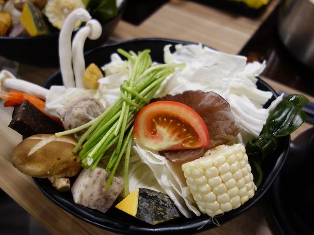 菜盤@板橋大魔大滿足鍋物
