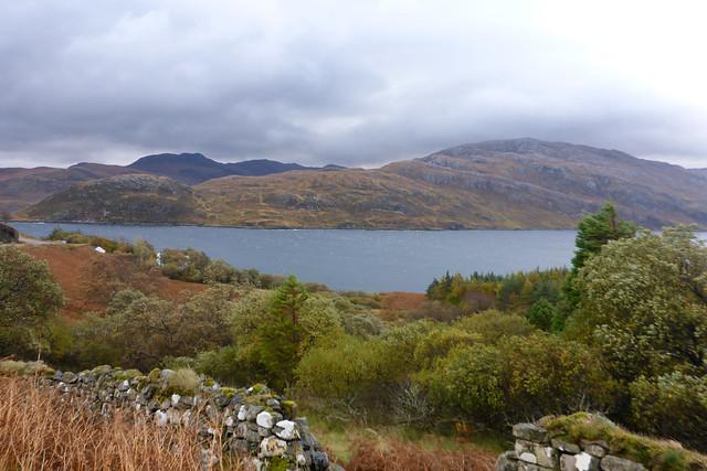 Loch a' Chàirn Bhàin