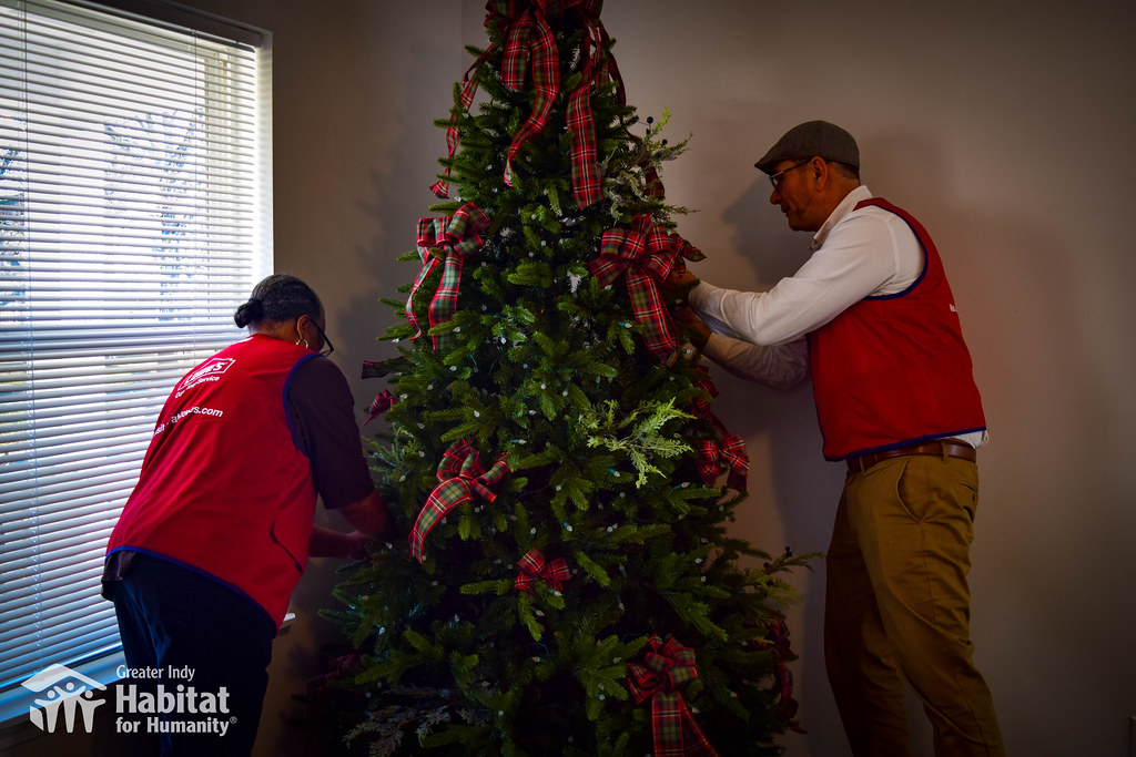 Lowes Christmas.Lowes Christmas Tree Decorations 2018 Greater Indy Habitat