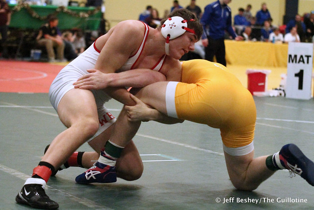 195 1st Place Match - Calvin Sund (Prior Lake) 13-0 won by fall over Lincoln Shinn (Willmar) 15-1 (Fall 2:47). 181215BJF0536