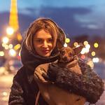 La dame au petit chien