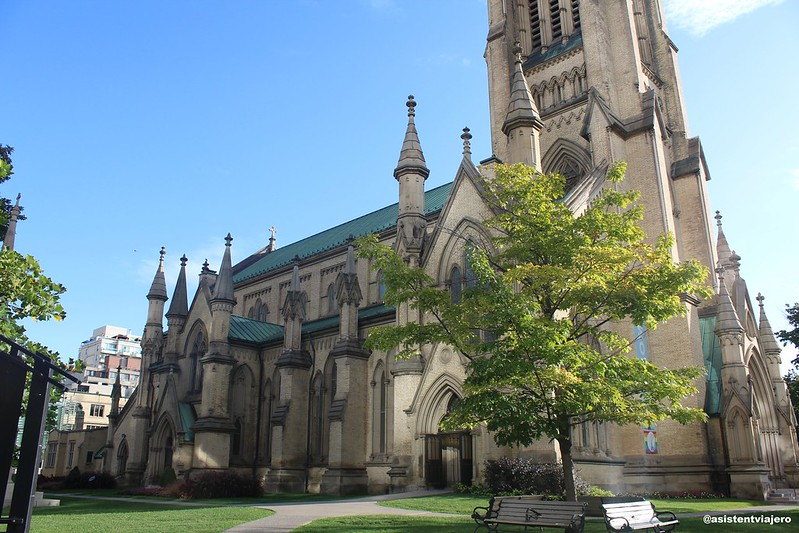 Toronto St James Cathedral (2)