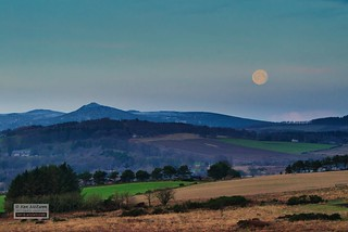 Bennachie Moon