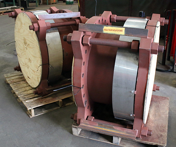"30"" Dia. Expansion Joints Designed for an Oil and Gas Facility"