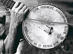 Pete Seeger's banjo | by guano