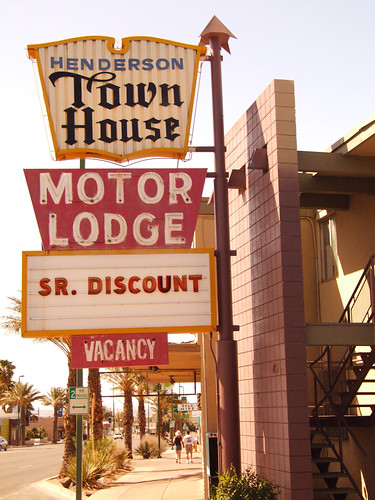 Henderson Town House Motor Lodge | by Curtis Gregory Perry