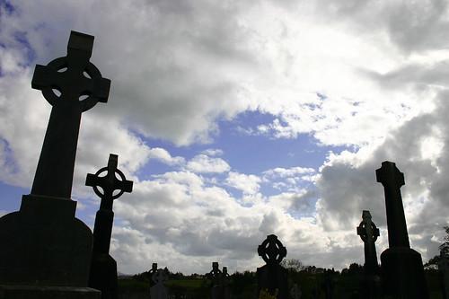 ireland sky sculpture monument cemetery graveyard silhouette religious cork top20cemetery celticcross ballydesmond plcorktrc plholyire plvisitcem plsilhouette pltop20cemetery plscoreme plscore379 plflickrp1 plflickrpokerx pljhmwybs