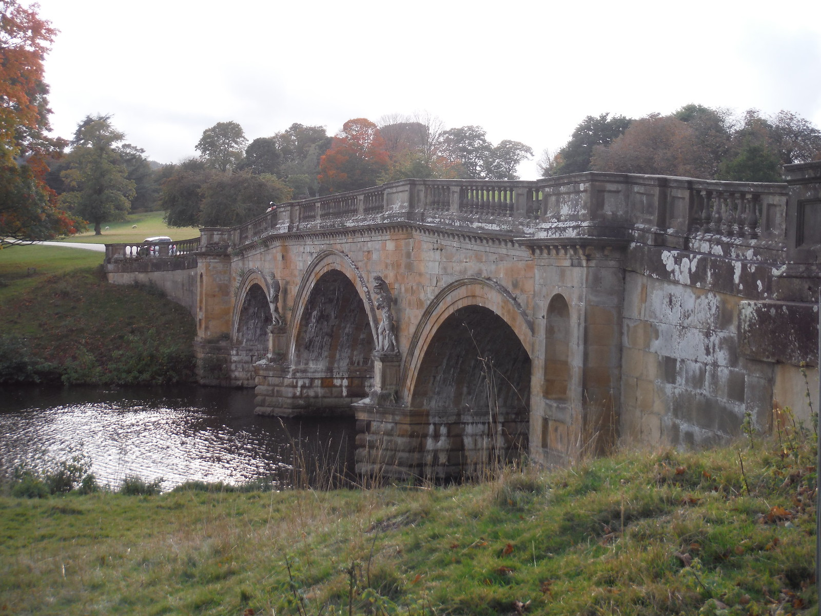 Paine's Bridge over The Derwent, Chatsworth Estate SWC Walk 322 - Grindleford Circular (via Chatsworth House)