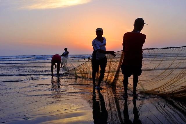 Karachi - Fishermen