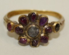 Gold and gem set ring
