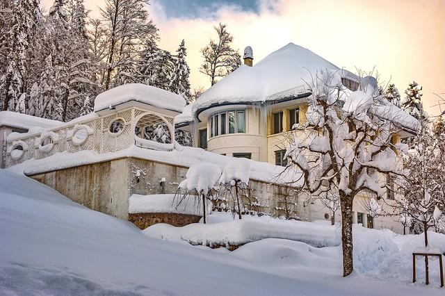 THe White House, La Maison Blanche (Charles-Edouard Jeanneret / Le Corbusier ) Chemin de Pouillerel 12 La Chaux-de-Fonds Switzerland . No. 1501.