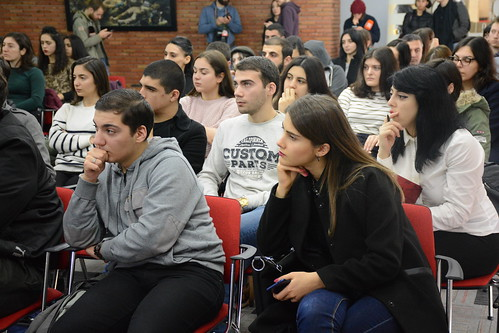 სახალხო დამცველმა საქართველოს უნივერსიტეტის სამართლის სკოლის სტუდენტებთან საჯარო ლექცია გამართა 20.11.18 Public Defender Delivers Public Lecture for Students of School of Law at University of Georgia