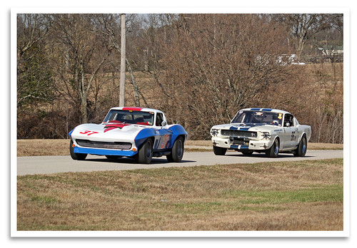 lakegarnett garnett kansas grandprixrevival vintage classic historic preserved restored shelby gt350 terlinguaracingteam ford 1965 chevy corvette stingray