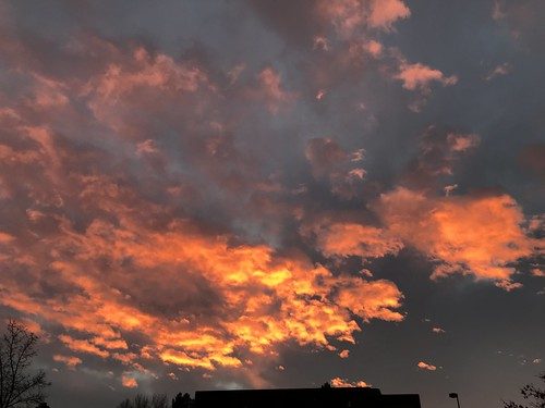 img0797 sunrise dtc greenwoodvillage colorado usa pink clouds allrightsreserved copyright2019davidcstephens