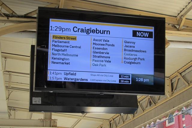 New platform displays at Flinders Street Station, January 2019