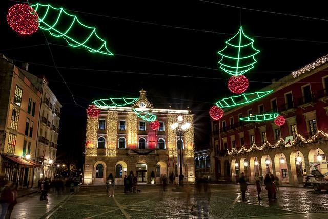Ayuntamiento de Gijón. Iluminación navideña 18-19