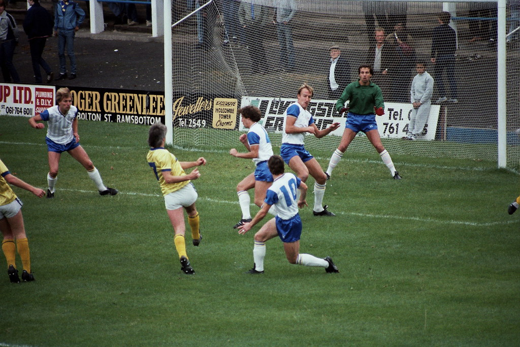18-09-1983 Bury 3-0 Halifax Town 1