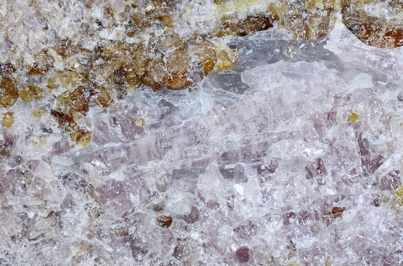 水酸エレスタド石 / Hydroxylellestadite