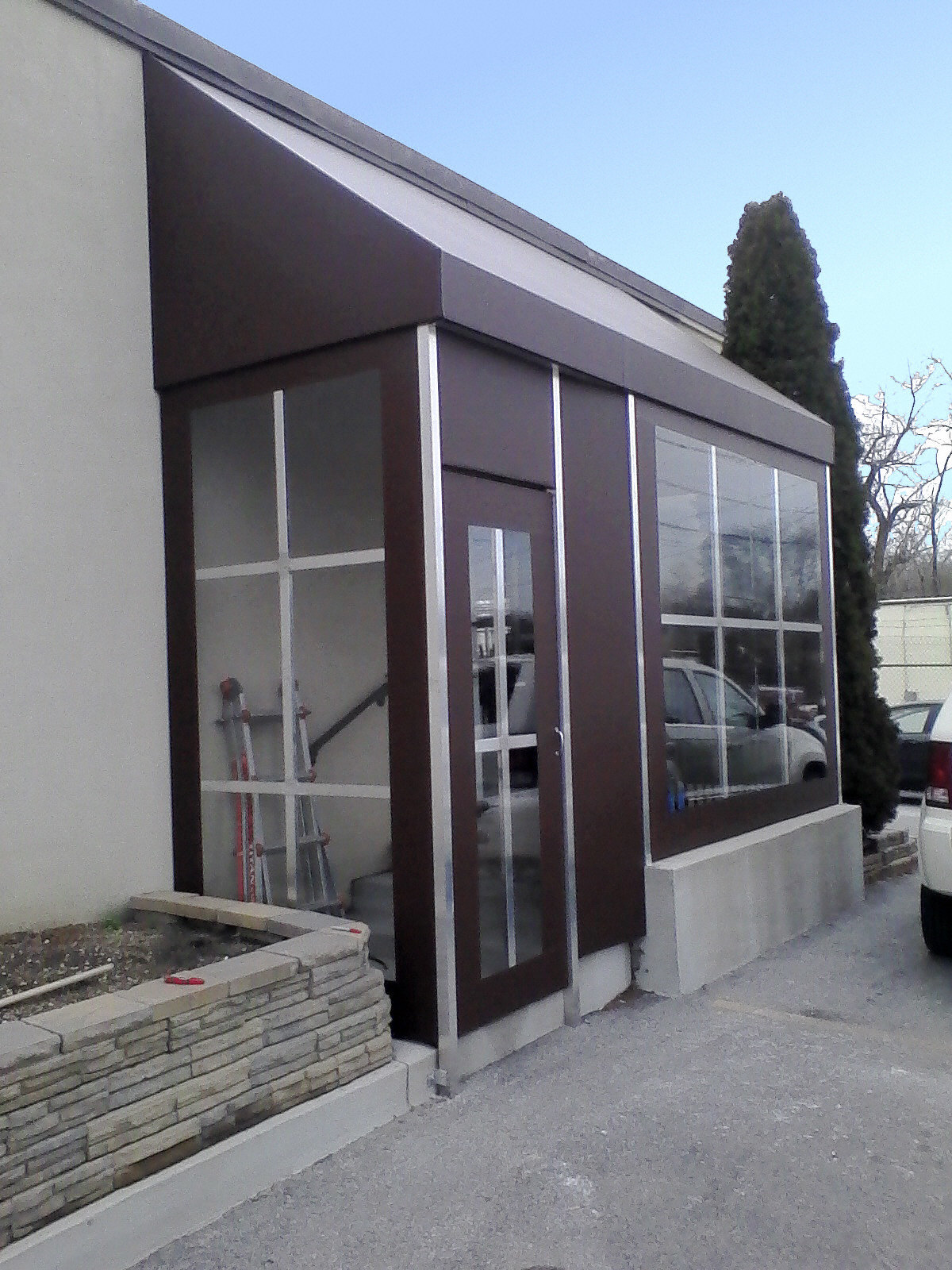 Commercial-Awning-Enclosure Baltimore