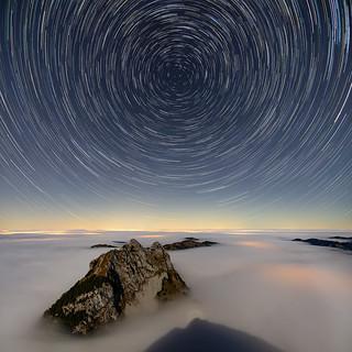 Kleiner Mythen star trails and sea of fog   by lukas schlagenhauf