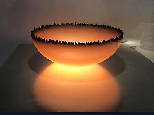 cityscapebowl jaymusler 1998 corningmuseumofglass corning newyork img3253 december2018 20181216