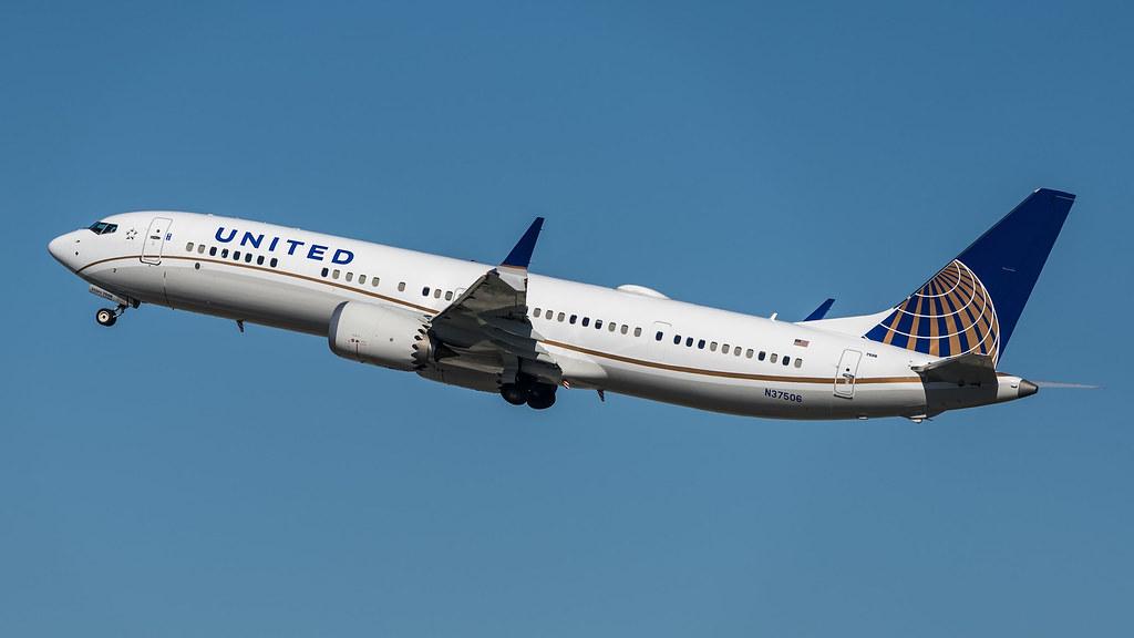 United Airlines N37506 pmb20.-20