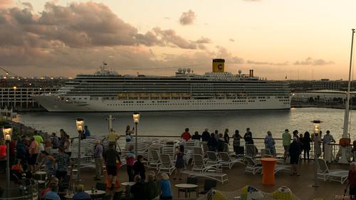 sunset coucherdesoleil fortlauderdale floride usa 8695 spectacle du coucher de soleil sur le costa deliziosa cruiseship show