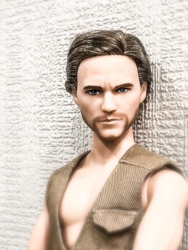 Owen Jurassic world ken doll   by esperantia1