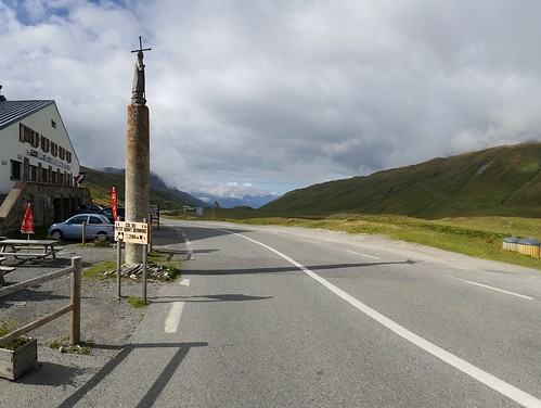 Col du Petit-Saint-Bernard-2 | by European Roads
