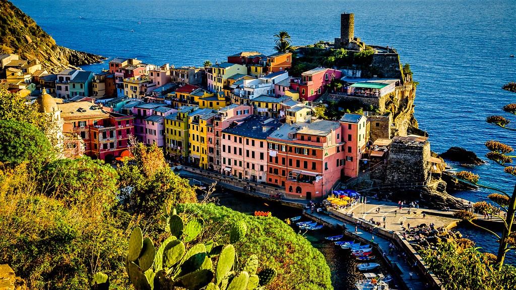 Vernazza desde una cornisa, Cinque Terre