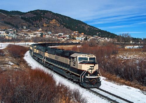 bn burlingtonnorthern palmerlakeco emd sd70mac pikespeaksubdivision train railfan railroad jointline