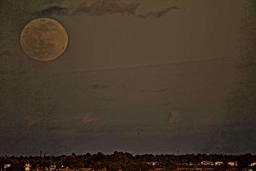 superbloodwolffullmoon arloguthrie nikond810 sebastianinlet sebastian indianriver roselandfl moonrise crabhouse