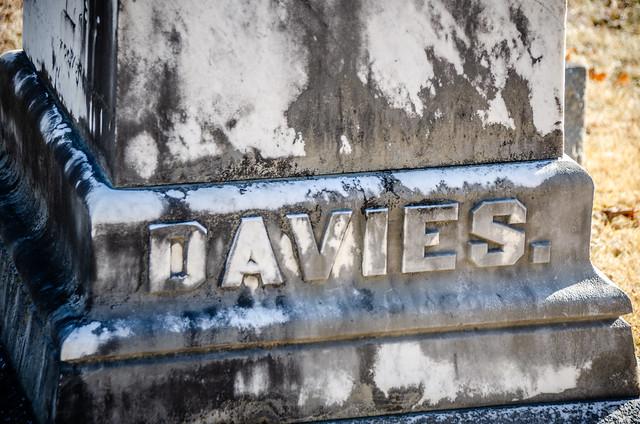 Ina Otelia Davies grave-001
