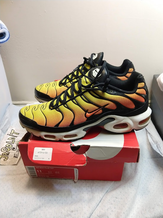 "2014 Nike Air Max Plus TXT TN ""Sunset</p>                     </div> 		  <!--bof Product URL --> 										<!--eof Product URL --> 					<!--bof Quantity Discounts table --> 											<!--eof Quantity Discounts table --> 				</div> 				                       			</dd> 						<dt class="