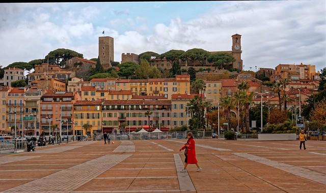 Cannes vue du port / Le Suquet