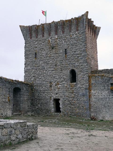 Castillo (Ourém, Portugal)
