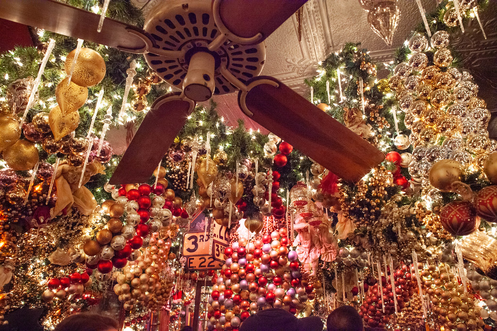 New York City Christmas Bar Rolf S 2018 Anthony Quintano Flickr