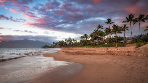 trees palm kihei maui sunset kamaolebeach park unitedstates hawaii sunrise beach sky water nature ocean vacation coast tropical palmtree wave landscape island outdoor shoreline seashore no body noperson sandy travel tropics seascape red scenery surf summer sea outdoors