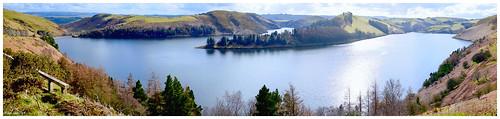 robindemel wales llynclywedog lake reservoir