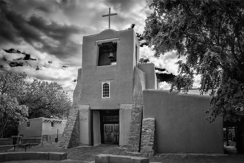 bw blackwhite blackandwhite chapel church iglesia monochrome sanmiguel santafe newmexico unitedstates us