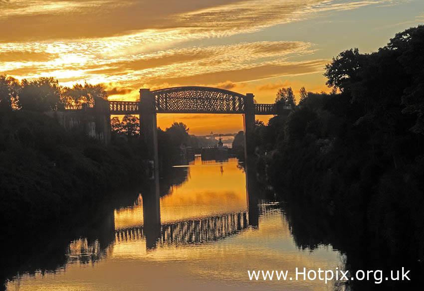 GoTonySmith,HotpixUK,Hotpix,Tony Smith,HousingITguy,365,Project365,2nd 365,HotpixUK365,Latchford,Warrington,Village,Cheshire,England,Manchester Ship Canal,MSC,Peel Ports