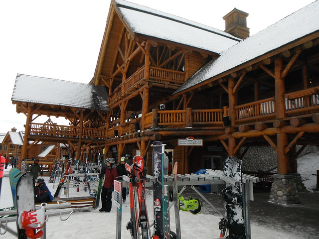Lake Louise Ski Lodge & Hill