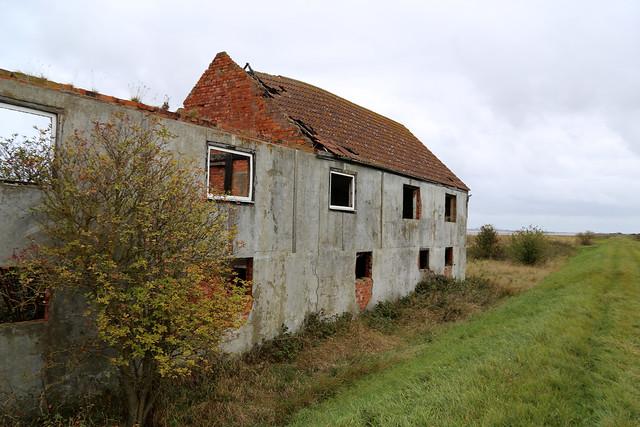 Ruined farm near New Holland
