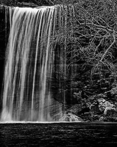 bw blackwhite blackandwhite creek falls hamiltonpoolpreserve hamitlonpool hamitoncreek landscape limestone monochrome park rocks water waterfall wet