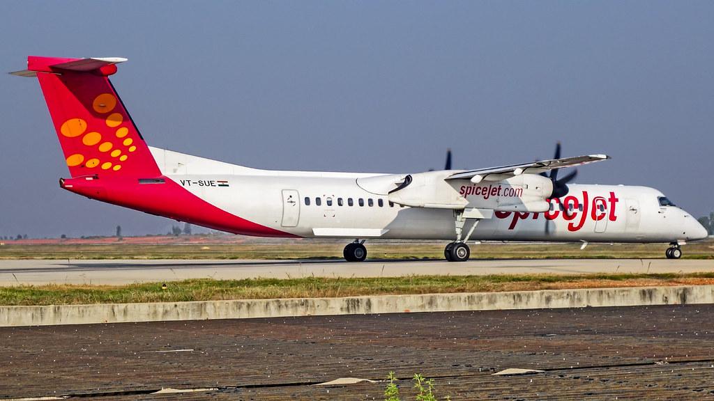 SpiceJet Bombardier Q400 VT-SUE