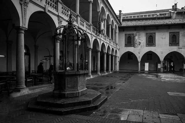Novara - Il Broletto