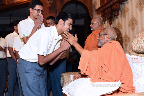 Std-10-11-12-visit-to-Haridham-for-Swamishree's-Blessings-(69) | by Atmiya Vidya Mandir